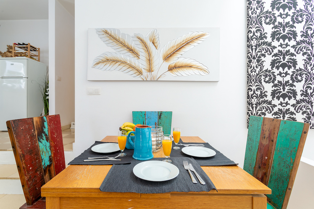 The Beach House dining area