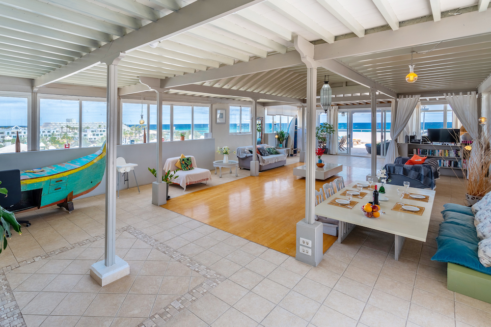 Ocean View Penthouse -  Lounge