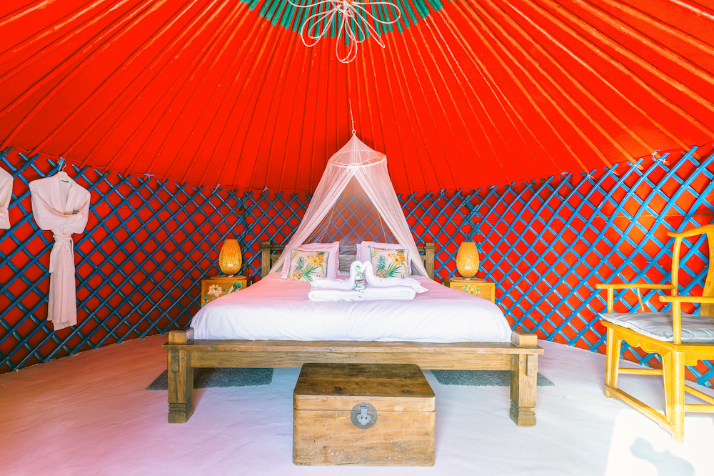 Eco Palm Yurt - Yurt Bedroom