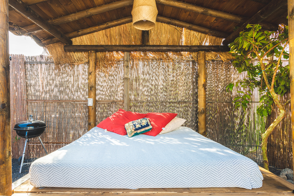 Eco Palm Yurt -Chill Out Daybed