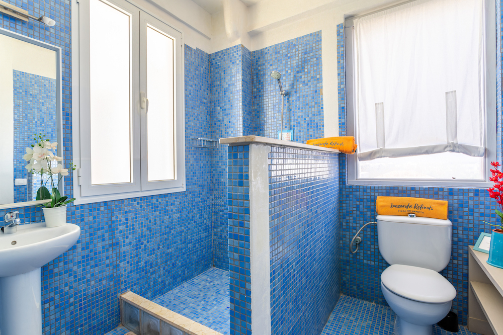Ocean View Penthouse -  Shower Room