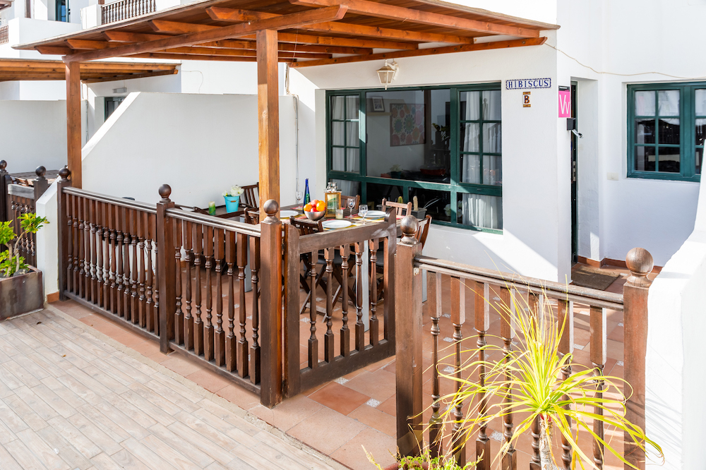 Casa Hibiscus fenced and gated terrace