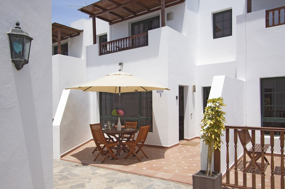Casa Lila Terrace area