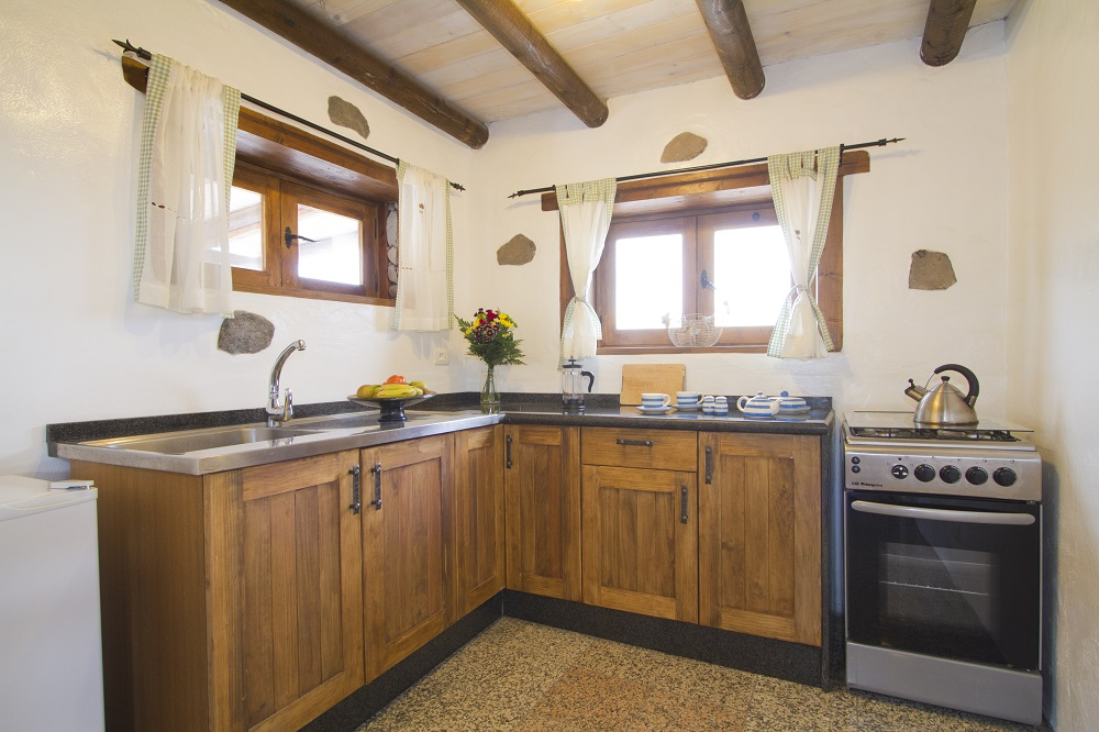 Eco Barn kitchen