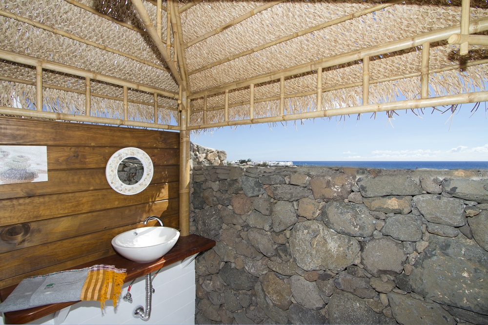 Eco Beach Yurt shower room view