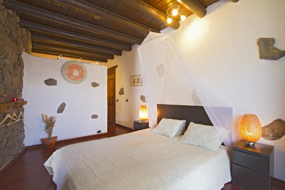 Eco Casita bedroom