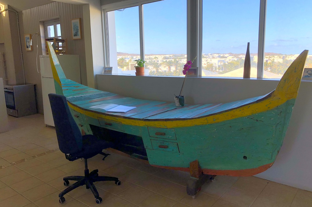 Boat desk in Living area
