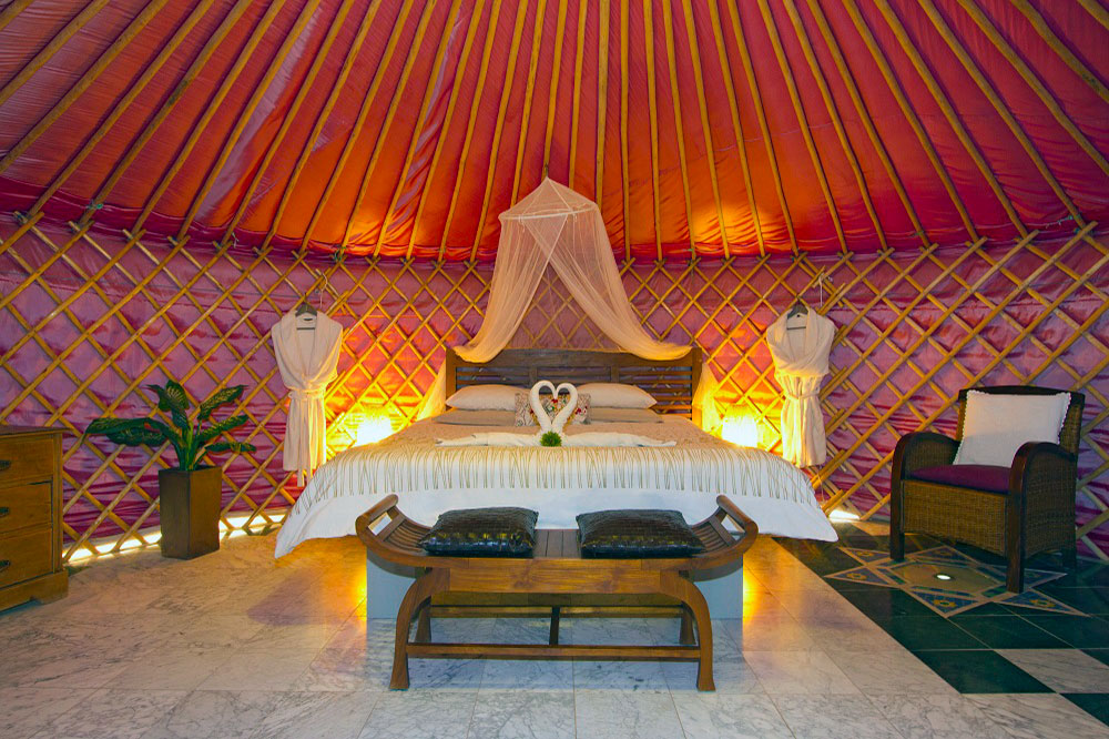 Eco Yurt Super King Size Bed