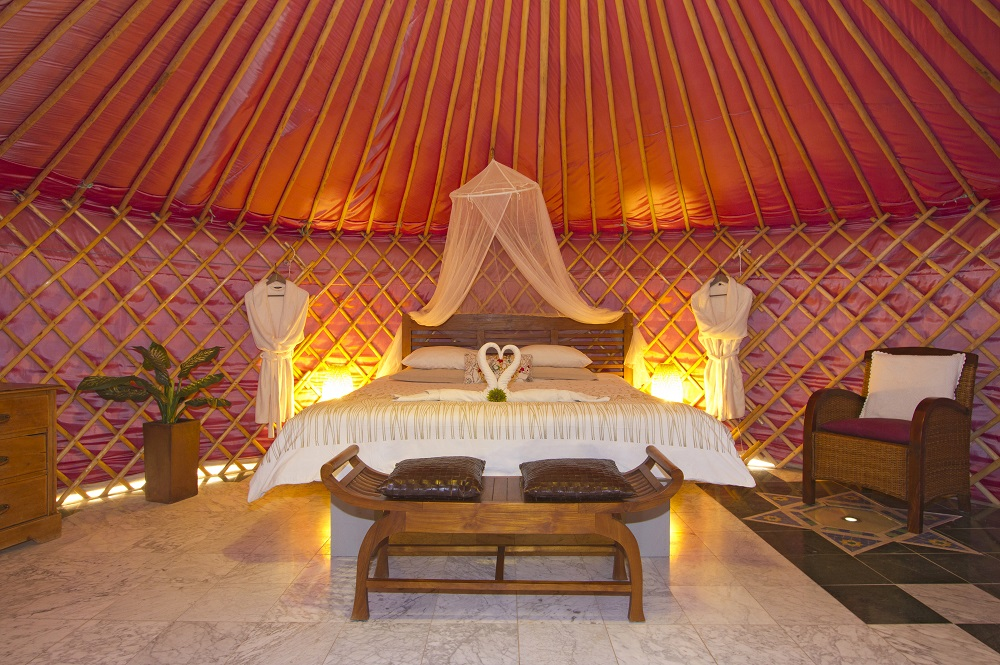 Eco Yurt super-king size double bed