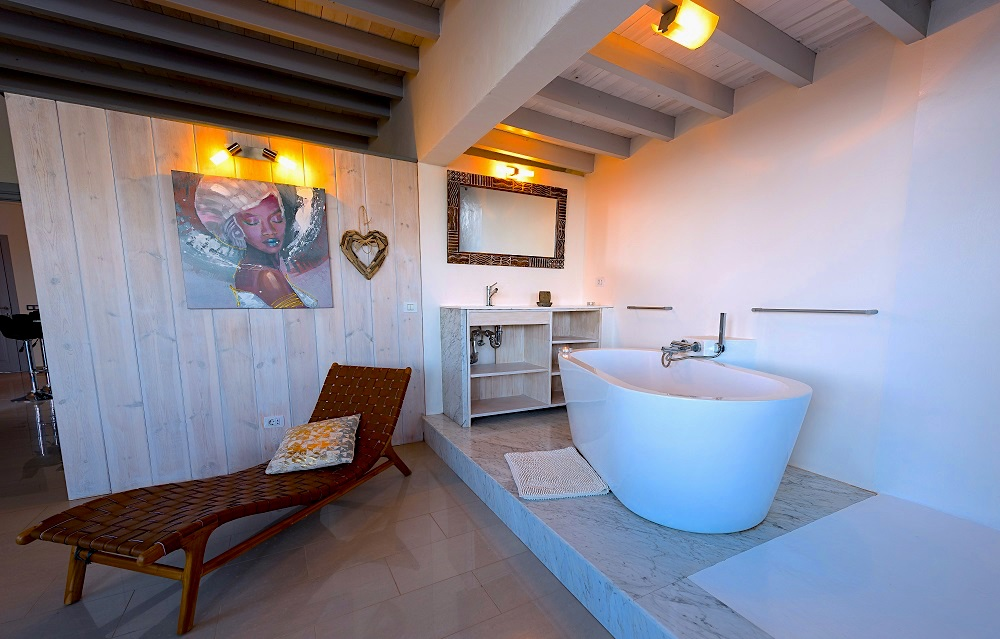 Bath in the master suite