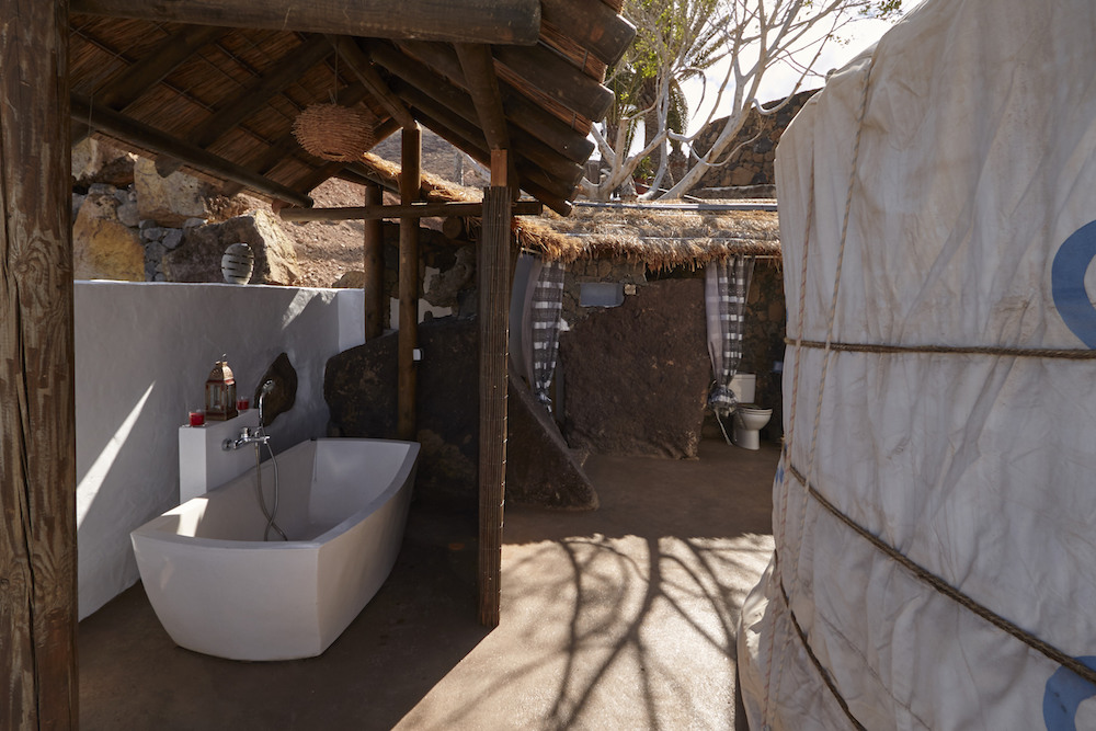 Yurt, outdoor bath and shower room