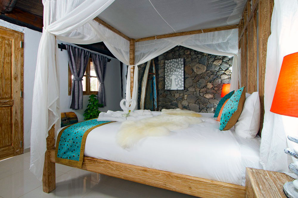 Eco Cabin Master Bedroom