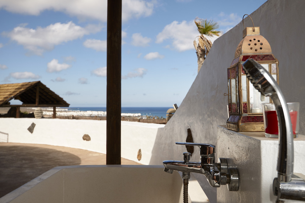 Enjoy bathing wth wonderful sea views or under the stars
