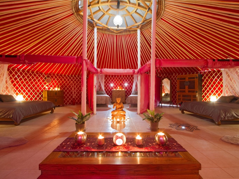 Eco Yurt Royale interior